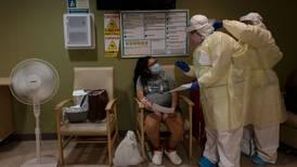 Coronavirus: Estudio confirma que las embarazadas responden bien a la vacuna