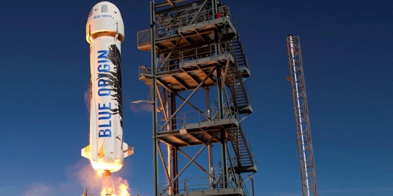 Blue Origin pone fecha a su vuelo con turistas espaciales y sortea un asiento