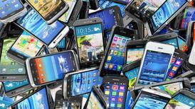 Ventas mundiales de smartphones disminuyeron 6% en el tercer trimestre de 2021