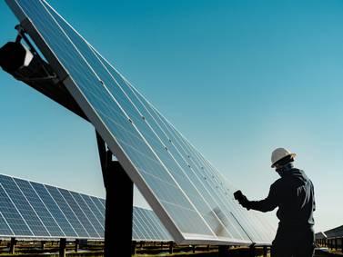 Apple incorpora 9 gigavatios de energía limpia y duplica el número de sus proveedores para ser neutral en emisiones de carbono para el 2030
