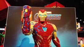 Observa esta increíble estatua de Iron Man a tamaño real hecha por expertos de LEGO