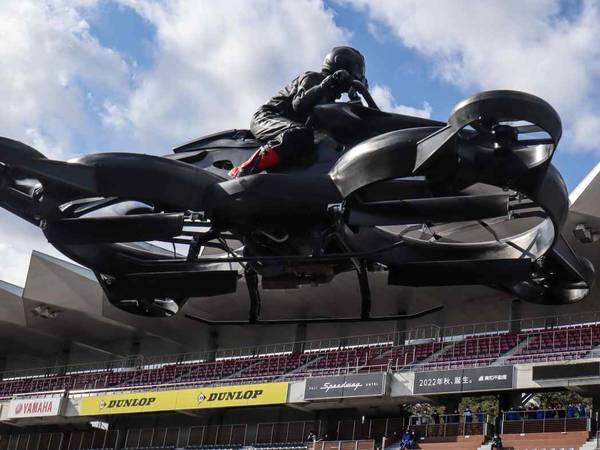 Así es Xturismo, la moto voladora que vale 682 mil dólares