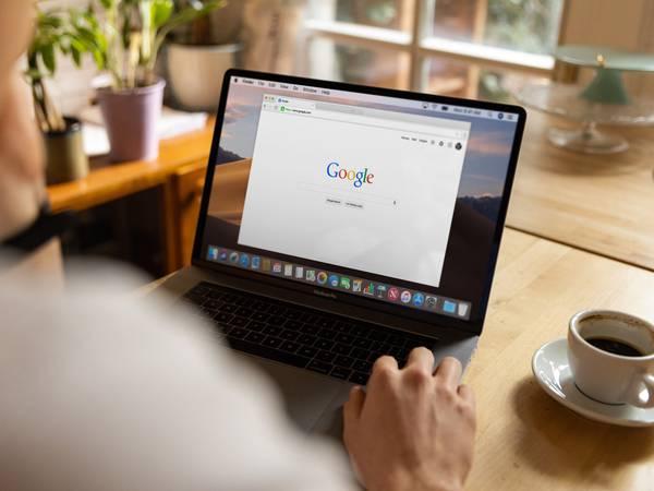 Google permite a sus usuarios solicitar la eliminación de imágenes de menores de 18 años de sus resultados de búsqueda