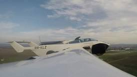 AirCar: un auto de carrera se convierte en una máquina voladora en tres minutos